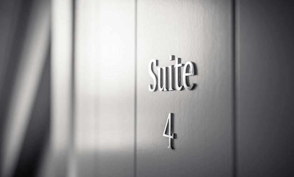Suite 4 - British Style